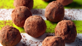Thumbnail image for Happy Valentine's Day & David Lebovitz's Chocolate Port Truffles