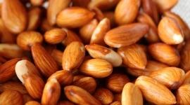 Thumbnail image for Homemade Vanilla Almond Milk