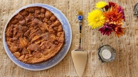 Thumbnail image for Honeyed Apple Cake