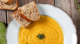 Thumbnail image for Organic Yellow Split Pea Soup with Bacon