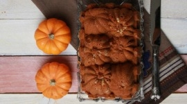 Thumbnail image for Spiced Pumpkin Bread with Walnuts