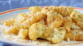 Thumbnail image for Spicy Cauliflower Pasta with Garlic, Anchovies and Capers