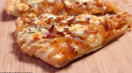 Thumbnail image for Spicy Pizza with Gorgonzola, Caramalized Onions and Almonds