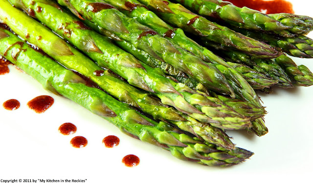 005+a Pomegranate Vinaigrette on Roasted Asparagus