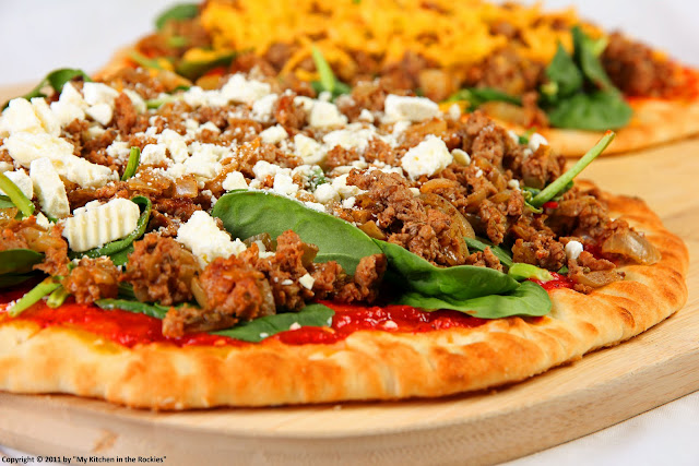 015+a7 Pizza with Ground Lamb, Spinach and Roasted Red Pepper Sauce