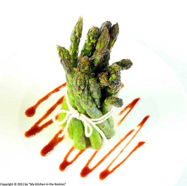 026+a5 Pomegranate Vinaigrette on Roasted Asparagus