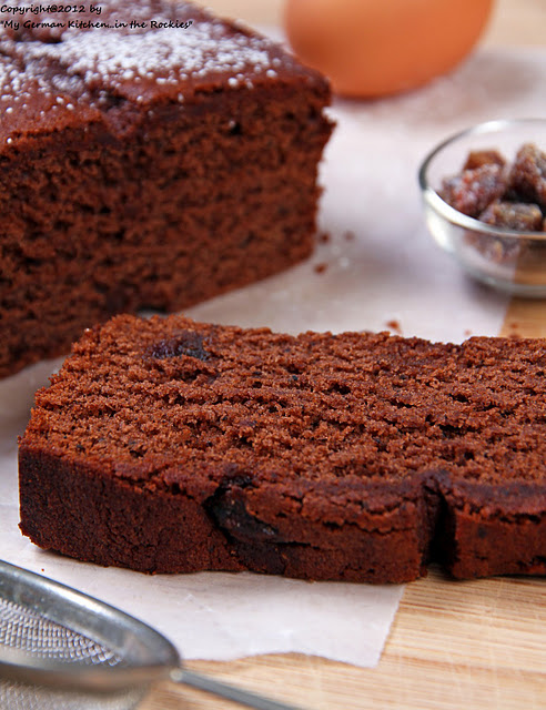 034+b Spiced Red Wine Cake with Dates and Ginger