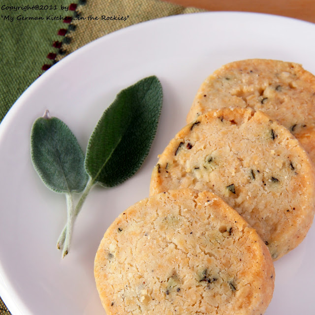 042+a5 3. Sunday of Advent and Savory Sage Parmesan Sables