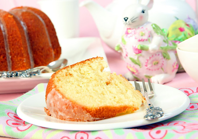 046+a1 Lets Celebrate National Bundt Cake Day!