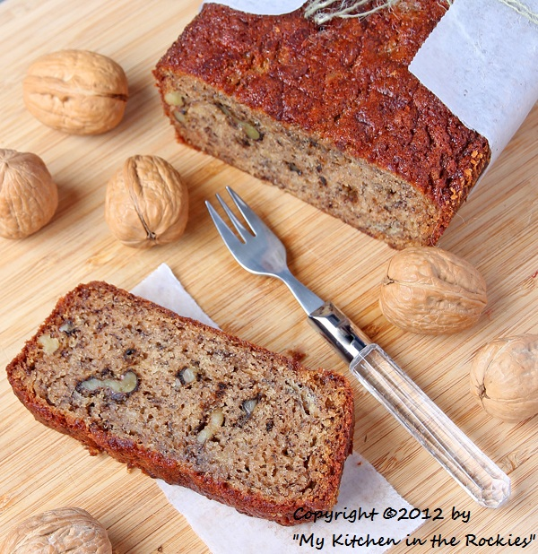 045 a 600 Toasted Walnut Banana Bread