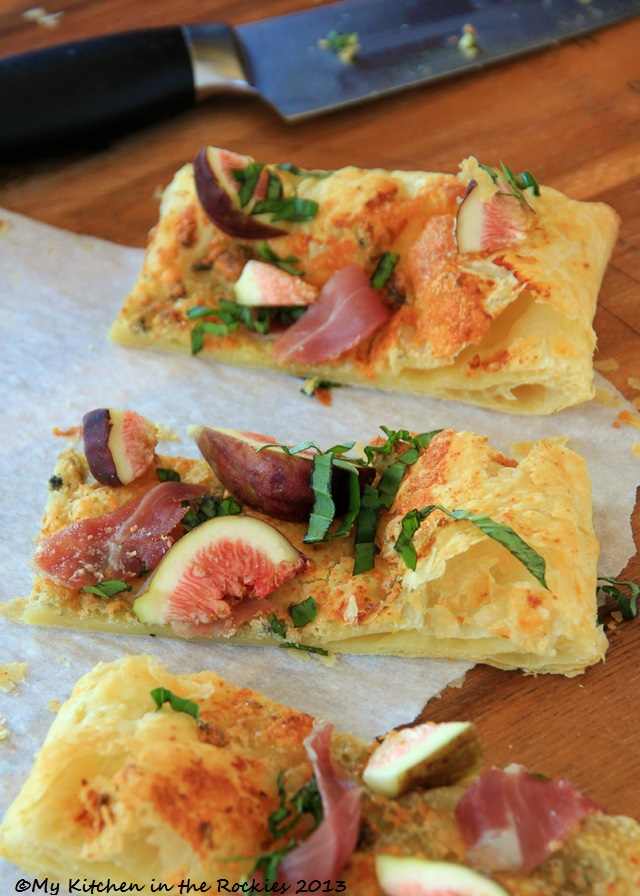 045 a. 640 Fig Tart with Prosciutto, Blue Cheese & Basil